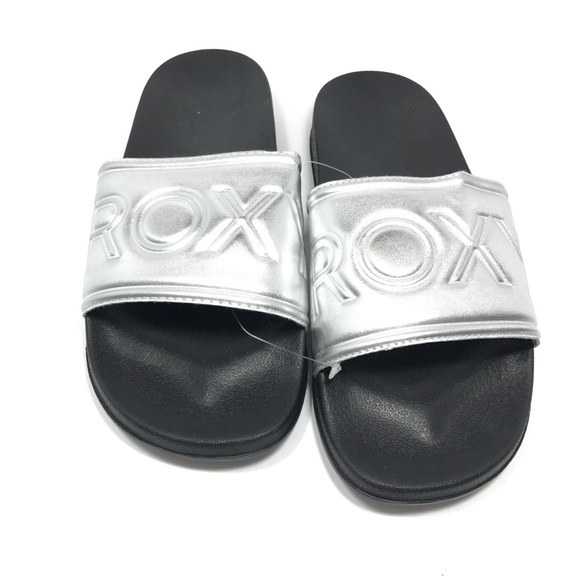 d254f4437662 Roxy Slippy Slide Slip On Silver Sandals 10. M 5abde26305f43054cd3f8153